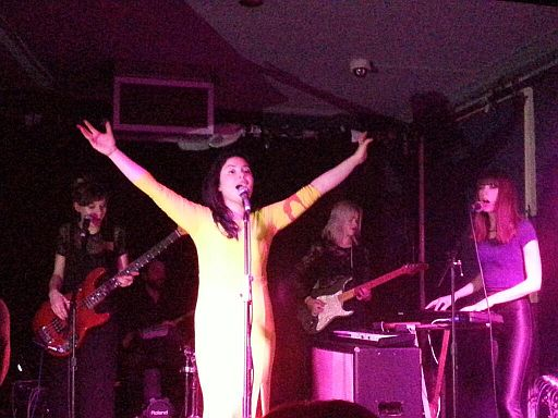 FEATHERS, Glitches – The Old Blue Last, London, 23rd May 2013