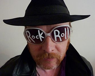 Luke Haines returns with 'Rock And Roll Animals' released 29th of July & London Show!