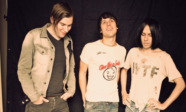 NEWS: The Cribs announce 6th album details, stream 'An Ivory Hand'