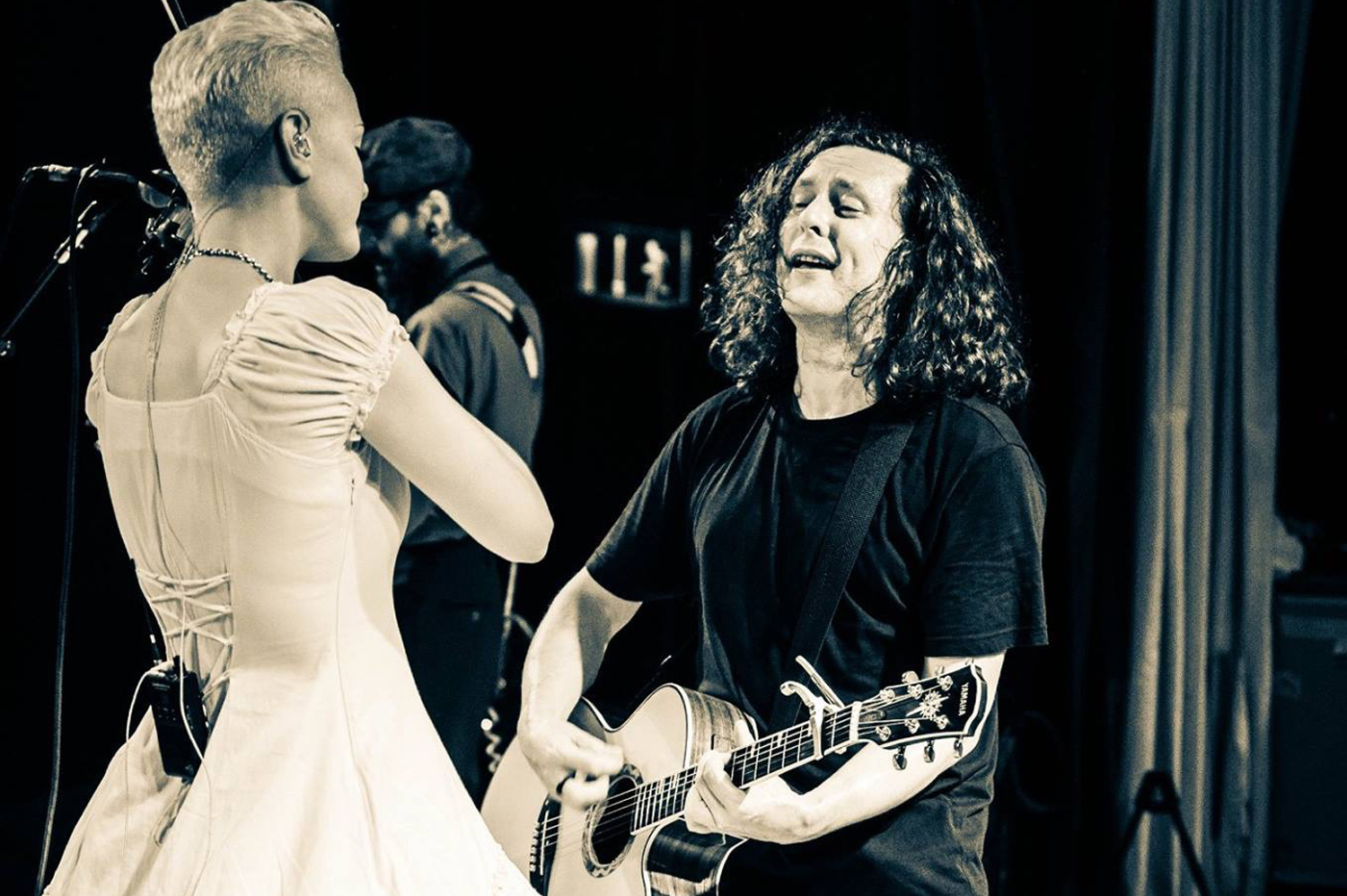 A Bunch Of Fives: a retrospective with The Wonder Stuff's Miles Hunt – PART THREE, From The Midlands With Love