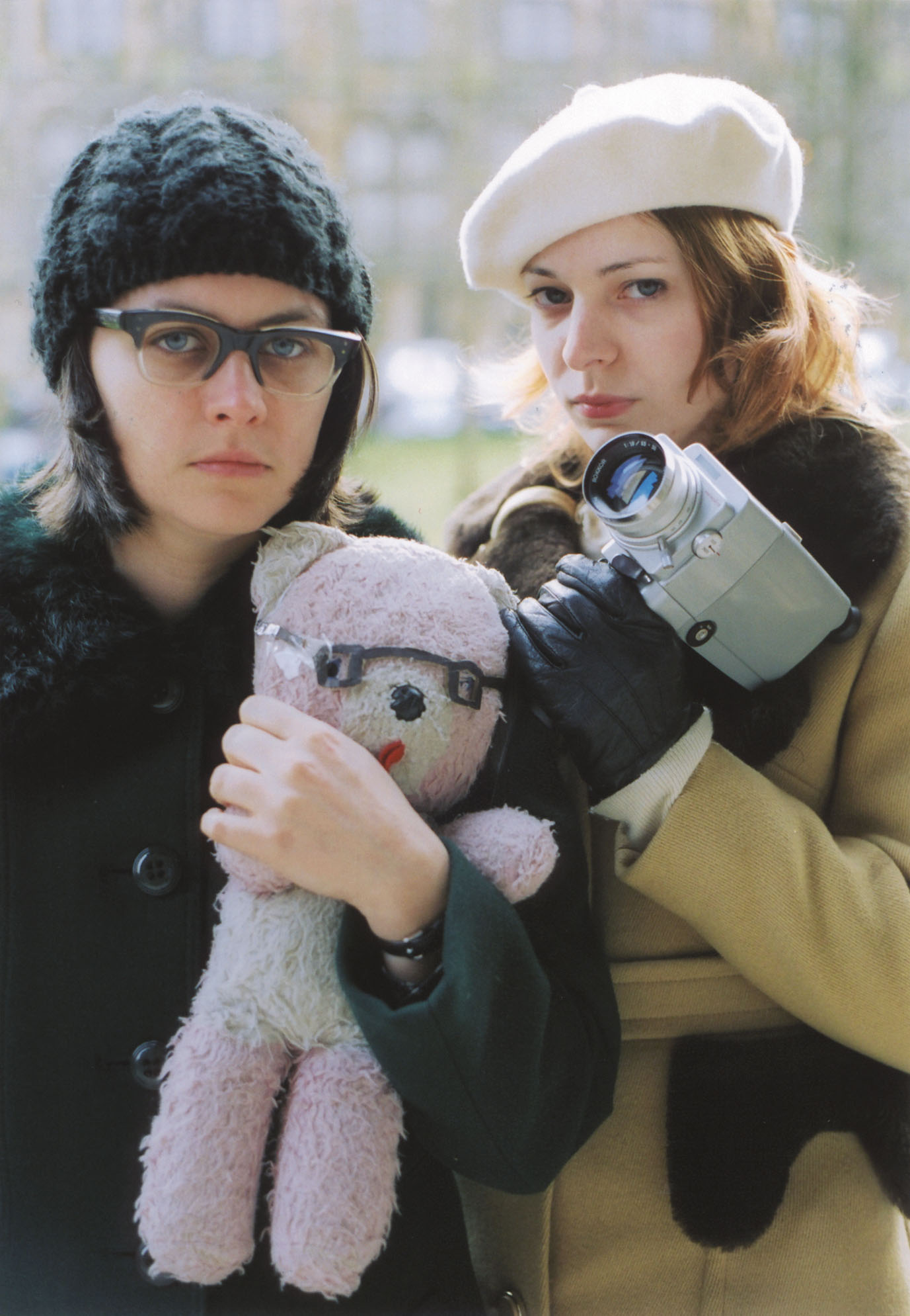 NEWS: Elefant Records to reissue two singles by Camera Obscura