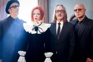 NEWS: Garbage reveal new video 'No Horses'