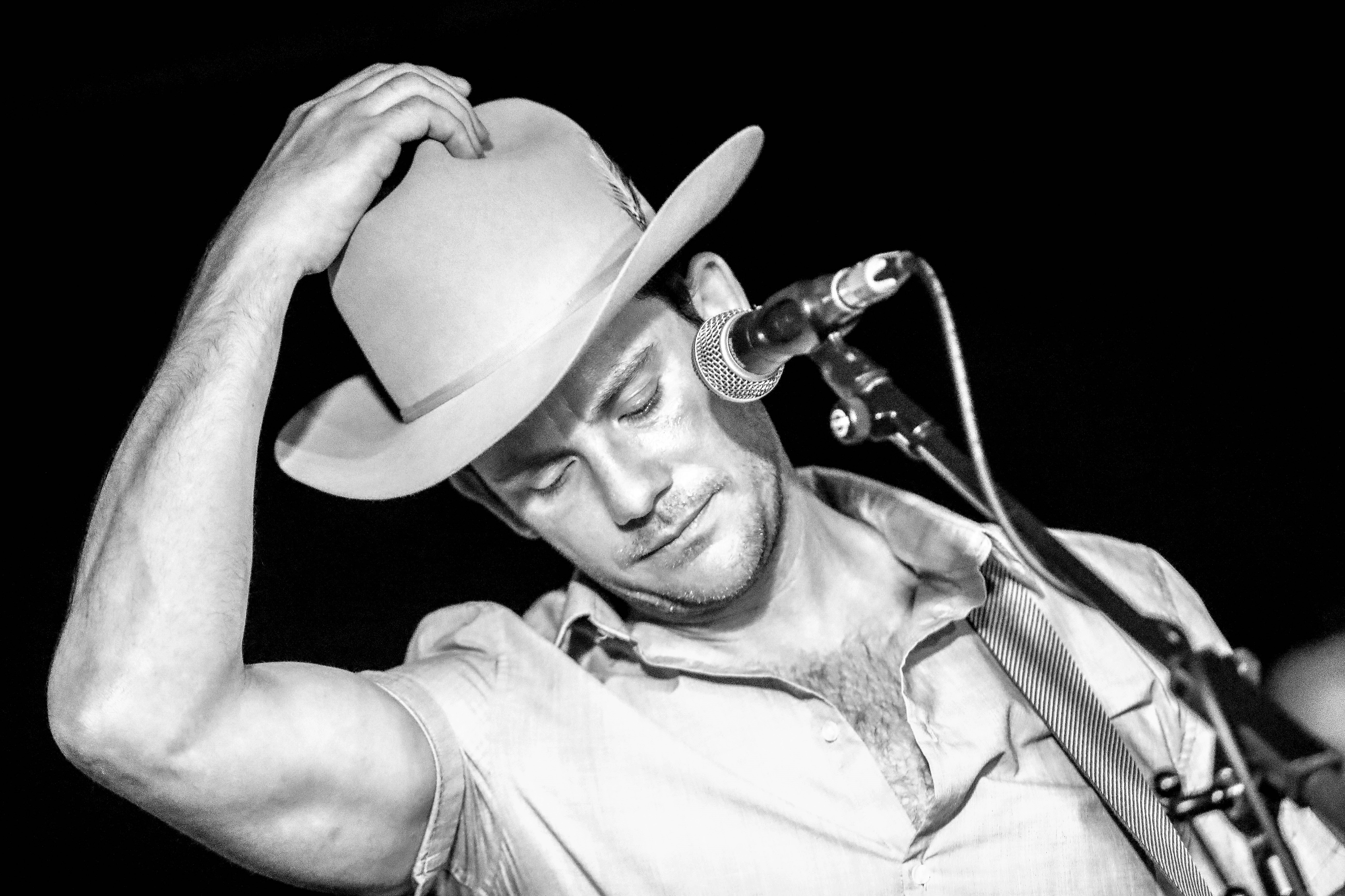 Sam Outlaw – The Crescent, York, 09/08/2018
