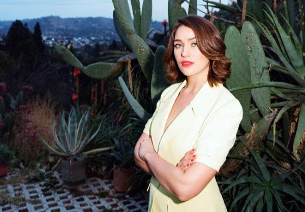 Lola Kirke – Heart Head West (Downtown Records)