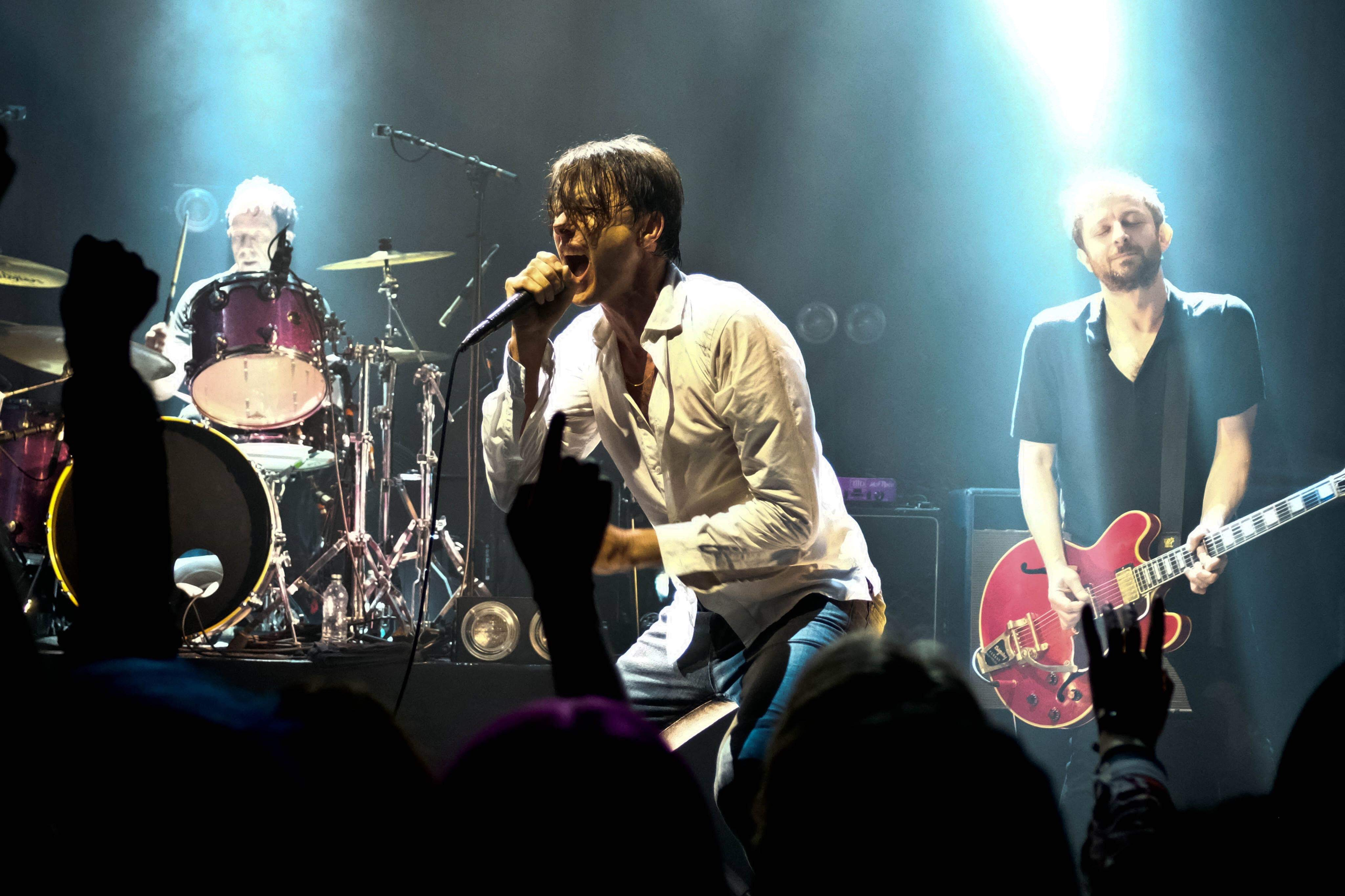 Suede – The Great Hall, Cardiff University Students Union, 26/04/2019