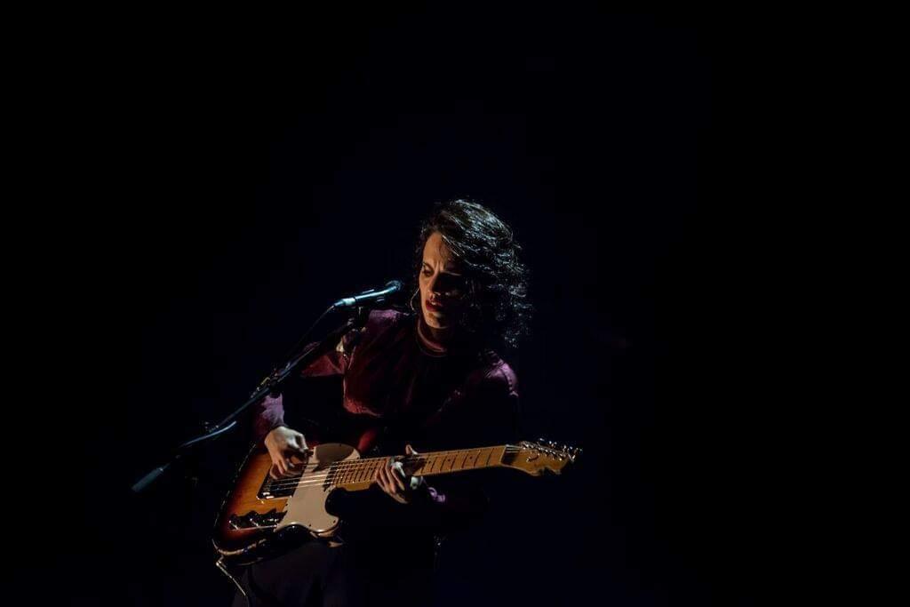 Anna Calvi, Chrysta Bell and Douglas Dare – Home, Manchester (Manchester International Festival), 12/07/2019