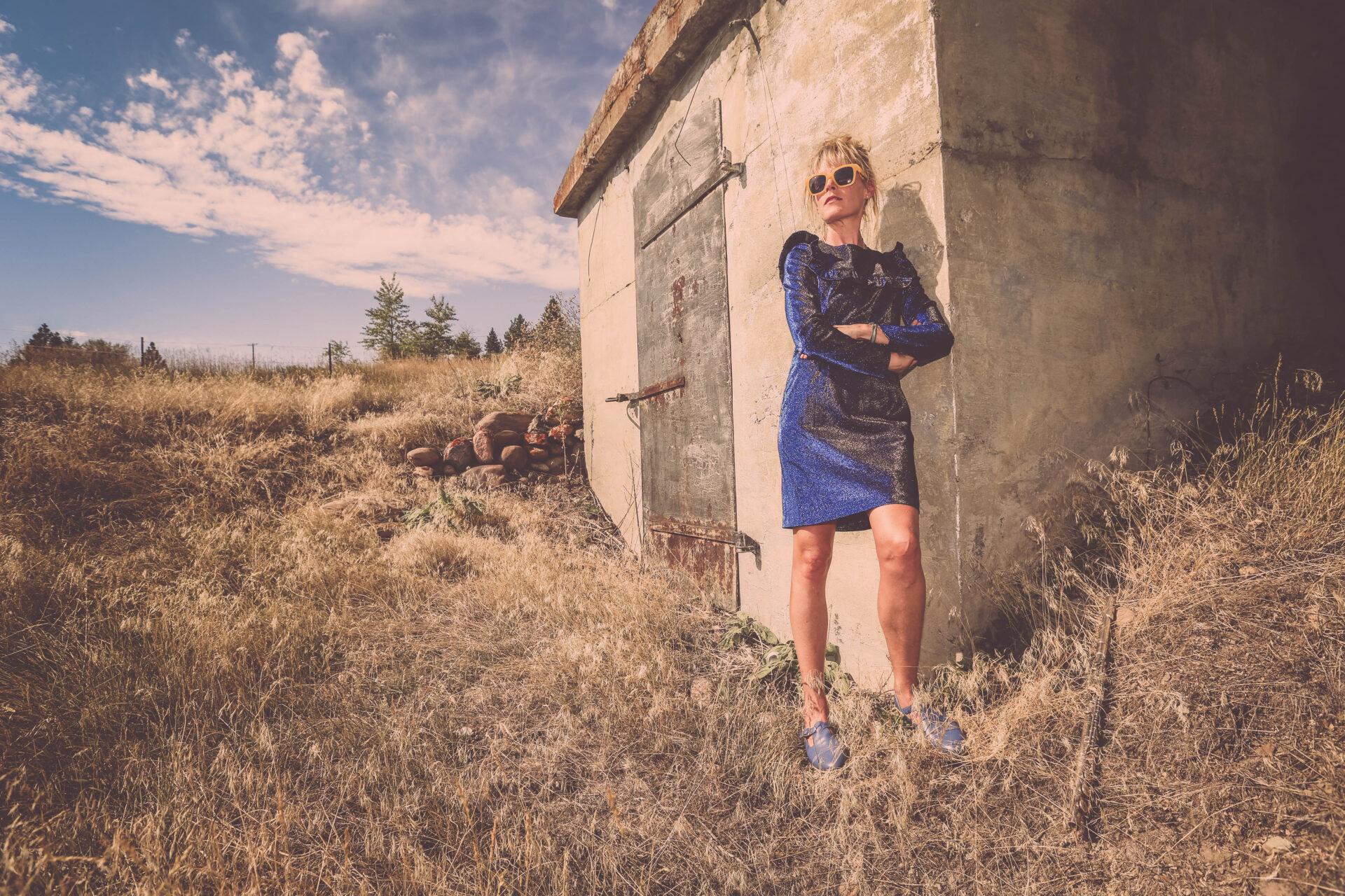 EXCLUSIVE: Sasha Bell (Essex green / Ladybug Transistor) 'Castle Keep' Video Premiere