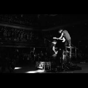 Japandroids – Massey Fucking Hall (Live) – (ANTI-)