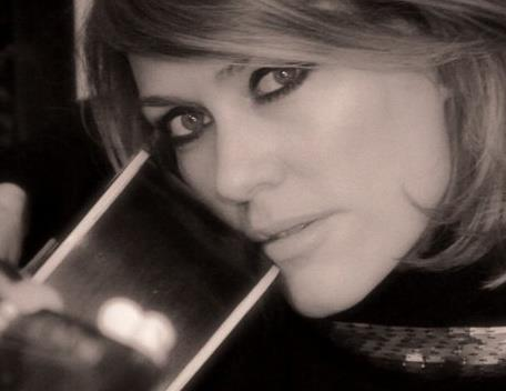 """IN CONVERSATION: Cerys Matthews: """"The best poems say so much with so few words"""""""