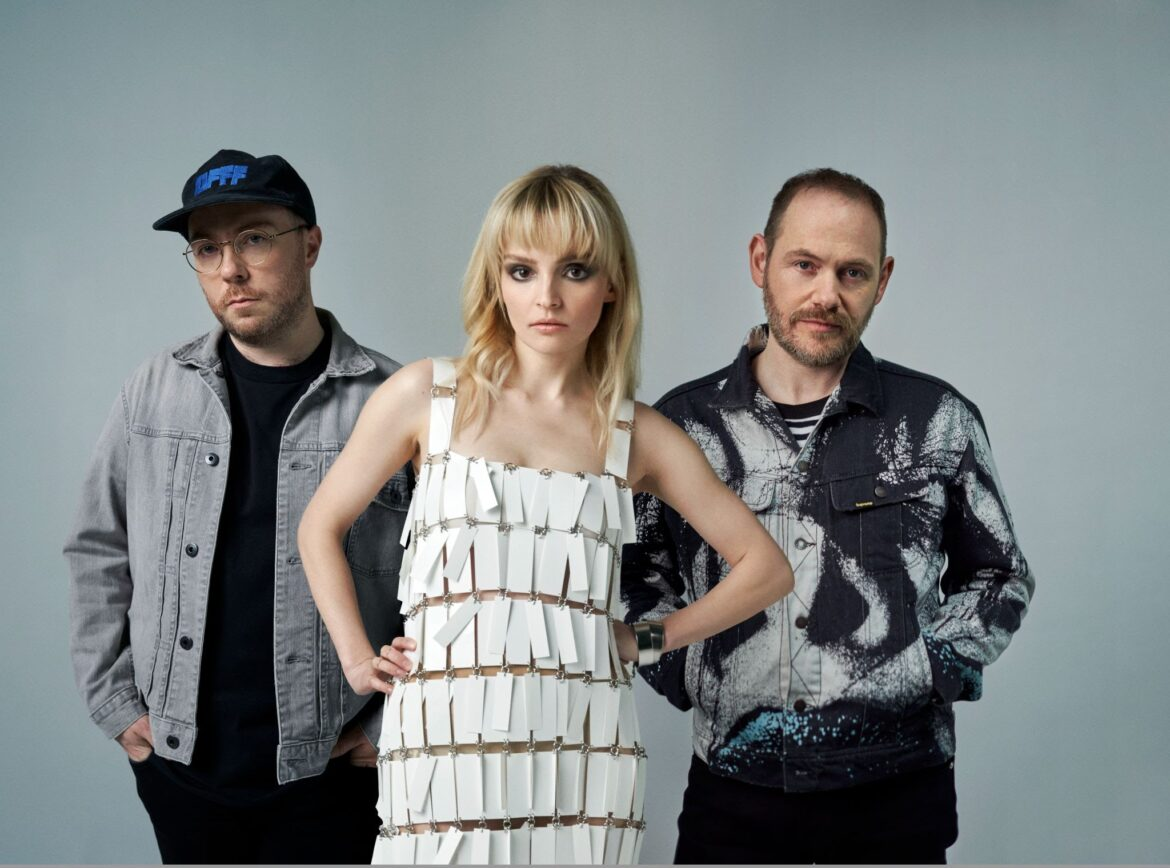 NEWS: CHVRCHES cover 'Cry Little Sister' from Lost Boys for new Netflix film